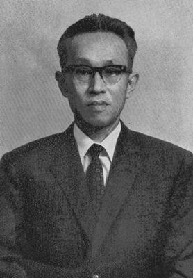 伊藤武雄教授(独文学講座初代教授)奇しくも小坂は今、伊藤教授が住んでいた宅地に住んでいる。