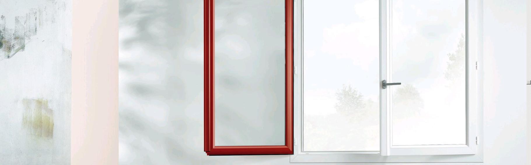 REHAU : Fenêtre battante bicolore