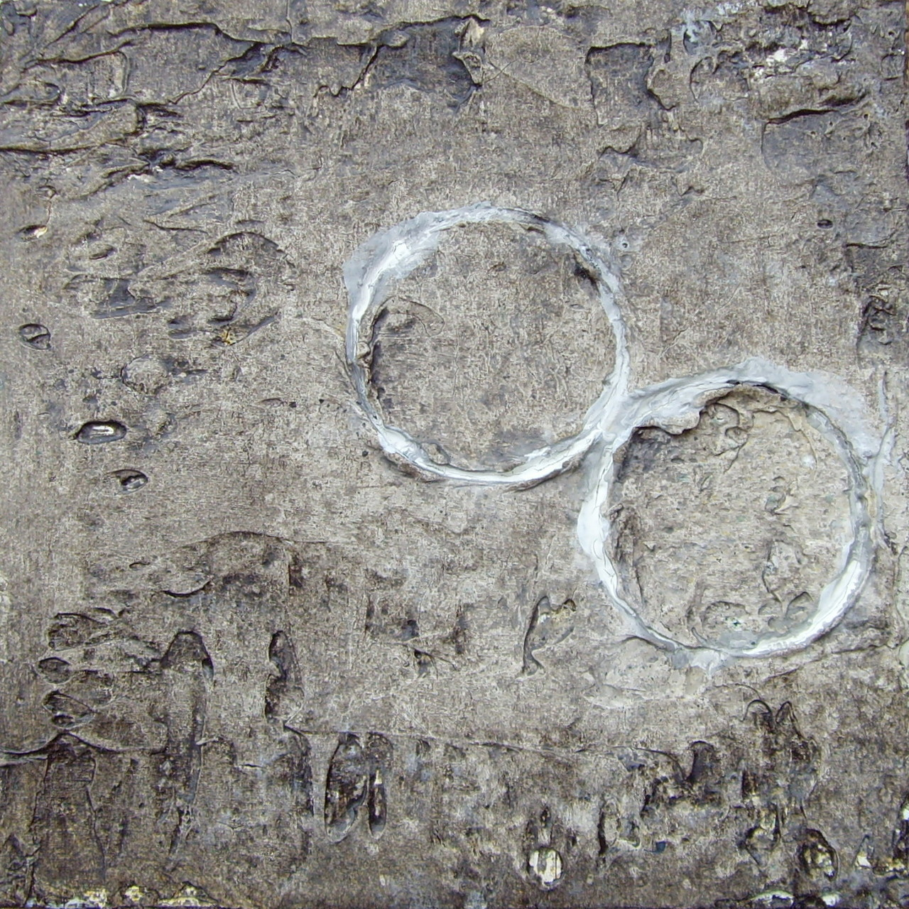 Weisse Ringe; 15cm x 15cm, Mixed Media