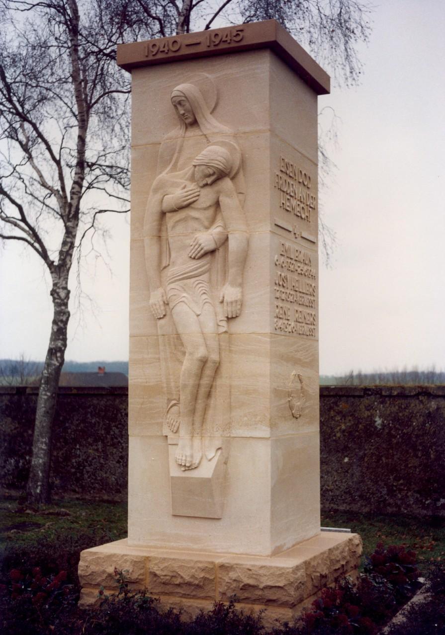 Monument aux morts pour la patrie effectué par nos soins