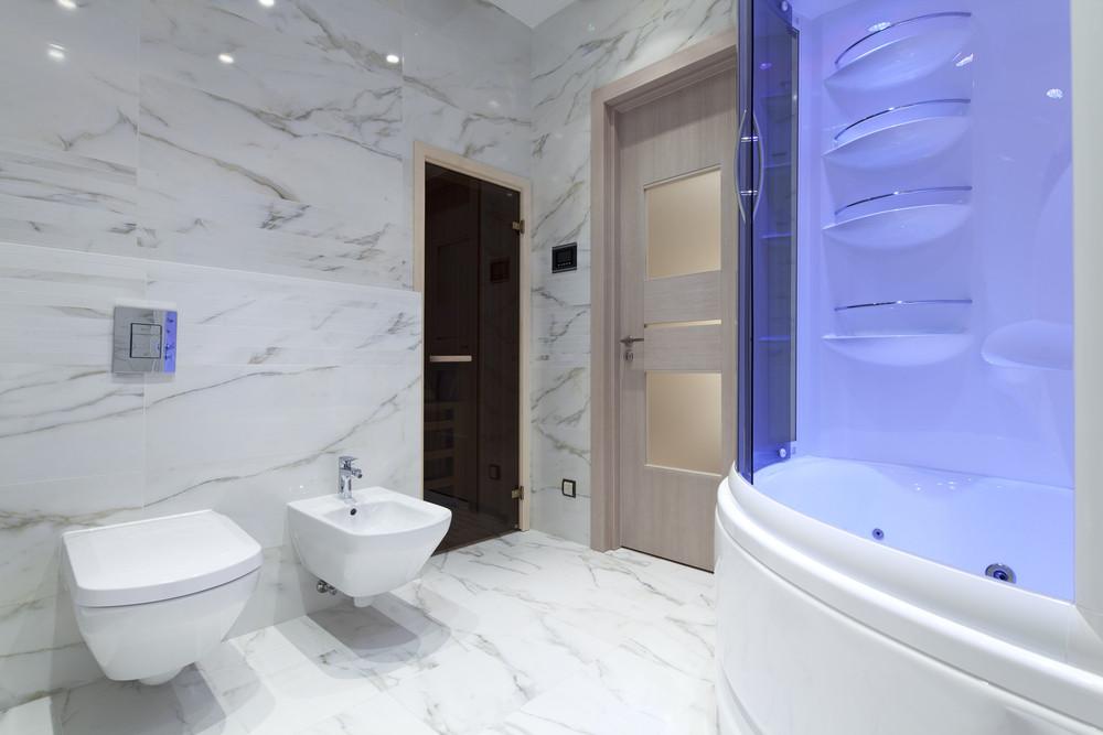Salle de bain en marbre Calacatta