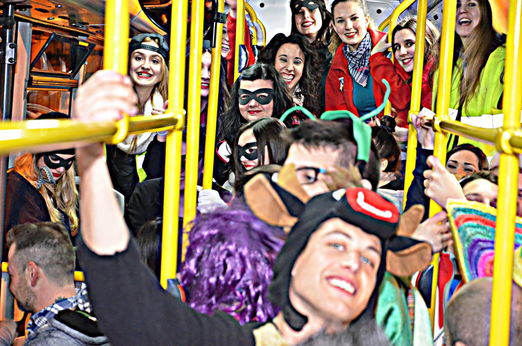 14-03-2014. Bus turístic.