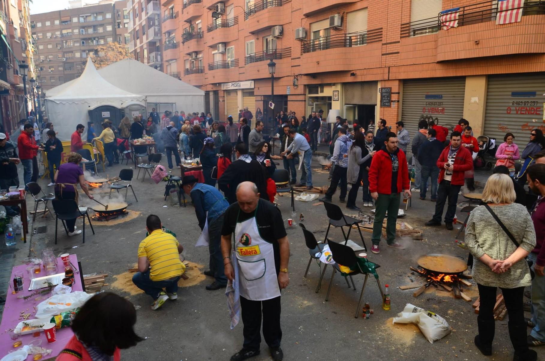 09-03-2014. Concurso de paellas.