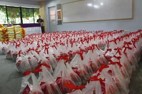 Lebensmittelhilfen für 360 bedürftige Familien in Cebu