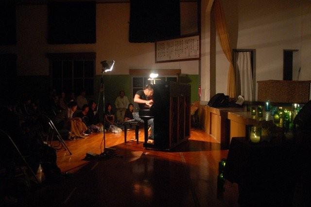2010年9月 コンポーザーピアニスト 中村天平「紀伊半島秘境コンサートツアー」