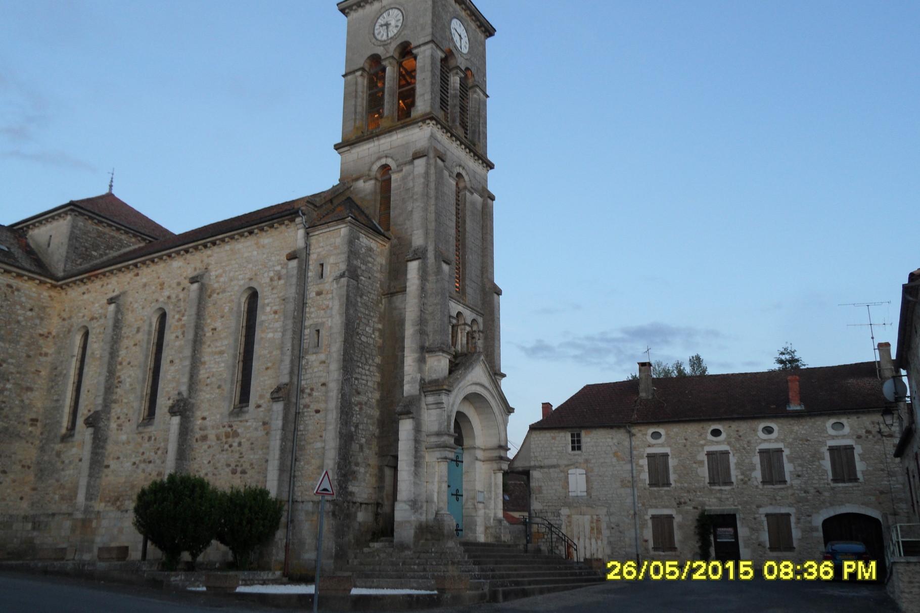 église sur un autre angle