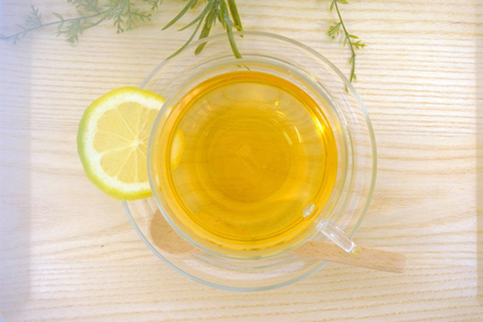 ゆったりとお茶を楽しむ時間は、何よりも美しい肌づくりには大切です。 ティータイムにふくぎ茶の優しい香りを添えて、癒しのひとときを過ごしてみるのも良いでしょう。
