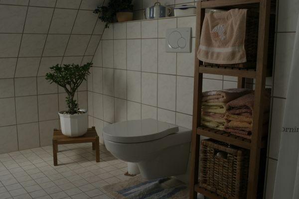 ... WC und ....