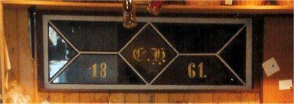 Das Oberlicht der ursprünglichen Eingangstür von 1861