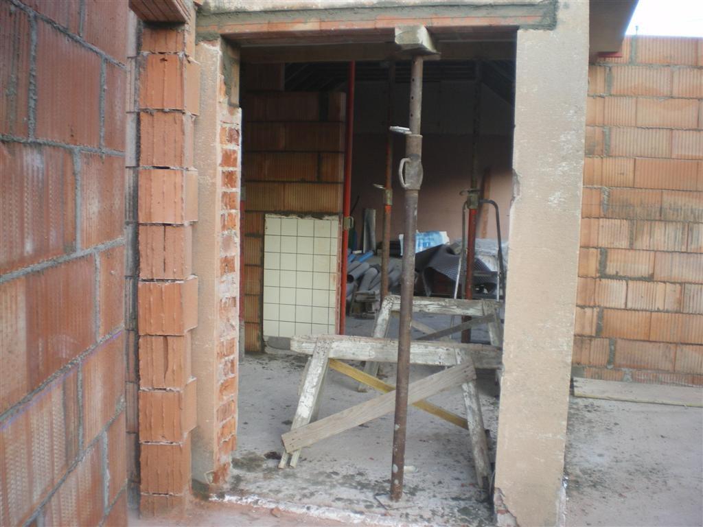 Semaine 3 : accès de la salle vers le préau.