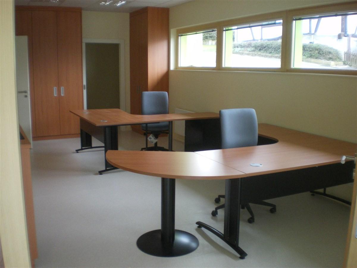 Semaine 11: les bureaux du secrétaire ont été installés dans les nouveaux locaux