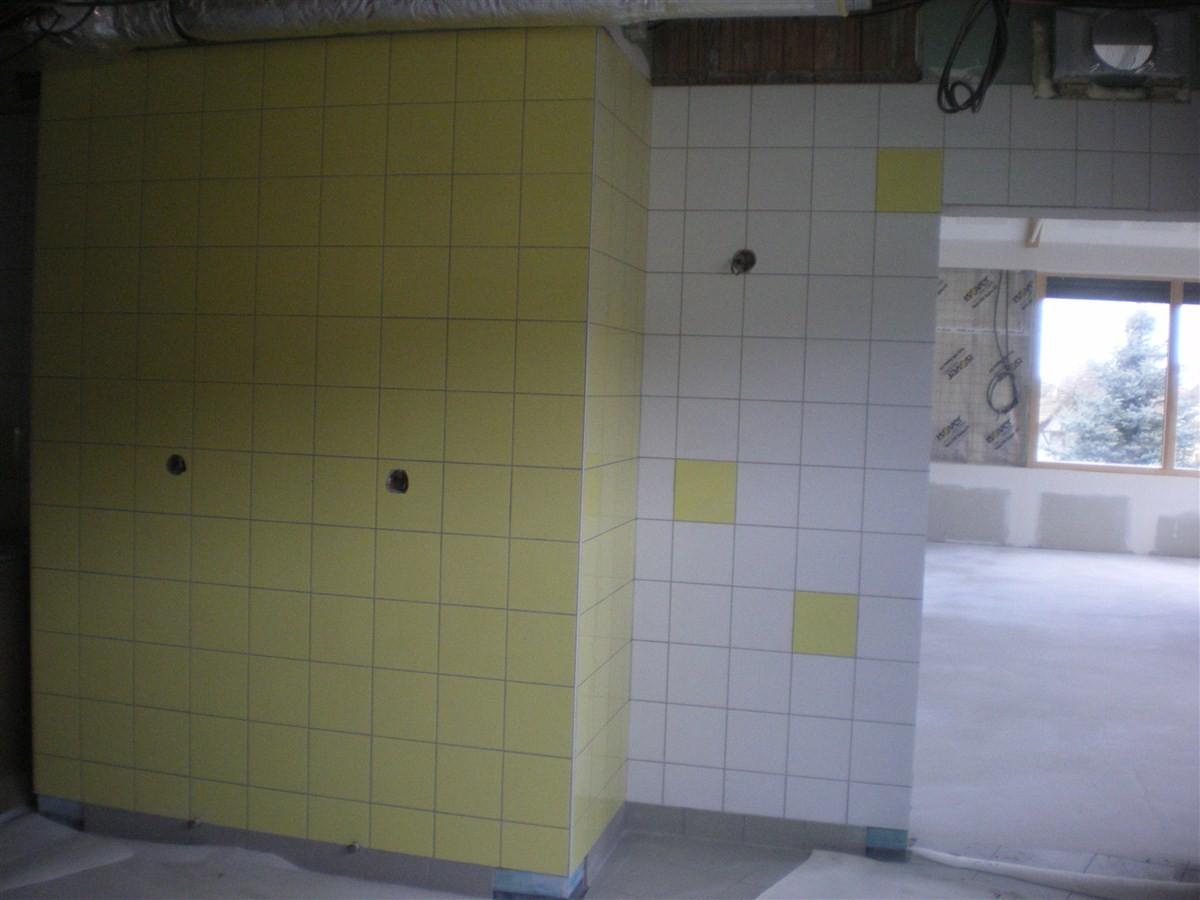Semaine 50: pose du carrelage mural dans la cuisine