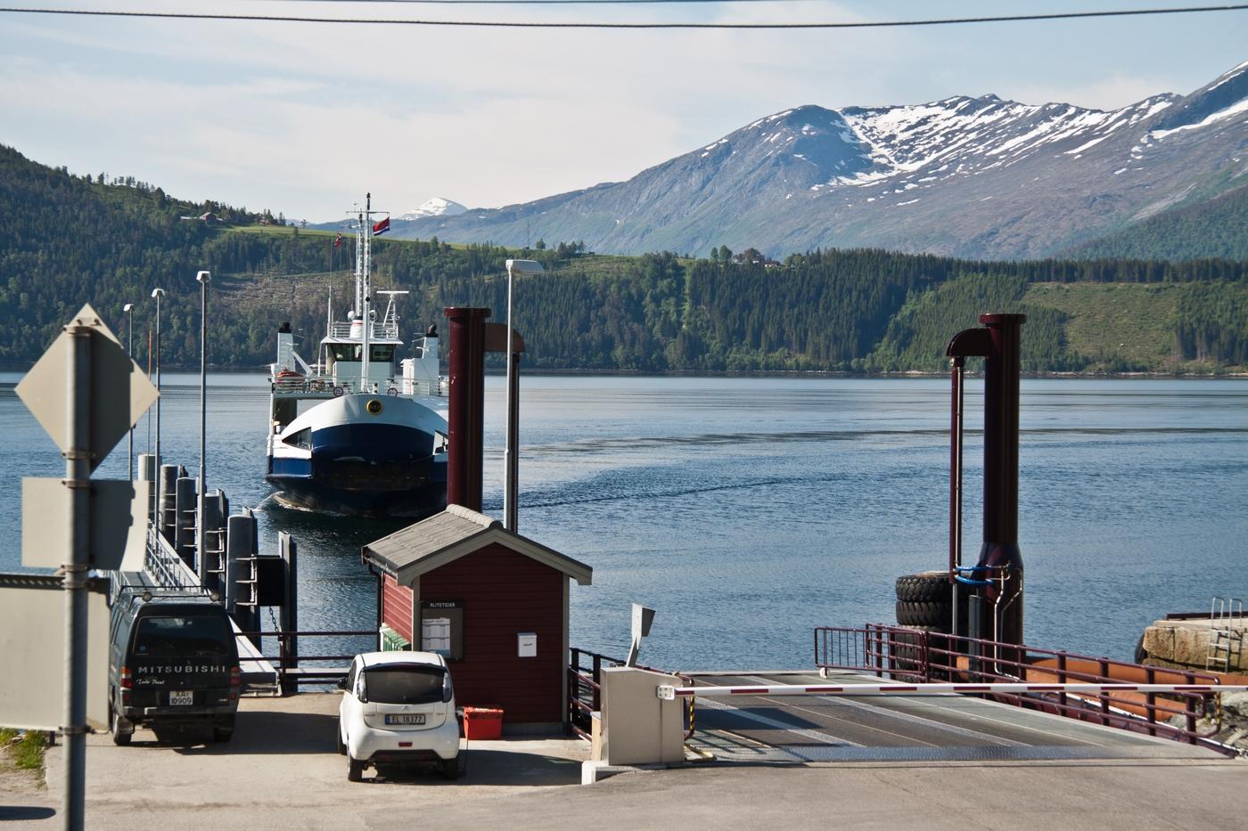 Fjorde. Ohne Fähren geht hier nix.