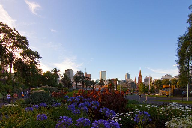 都市景観と自然景観が見事に融合した街並み