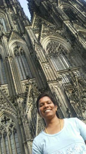 Blessi vor dem Kölner Dom