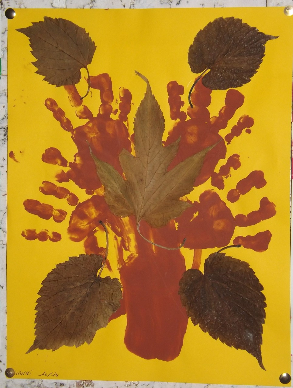 Mains-Feuilles d'automne