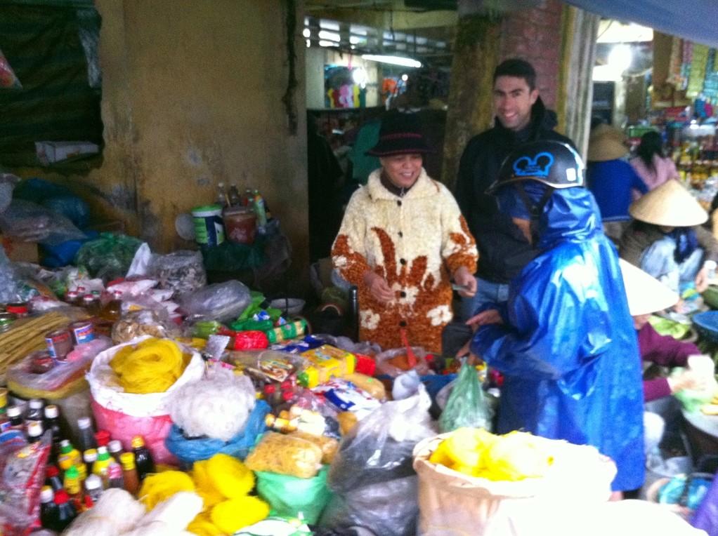Einheimischer Markt in Hue