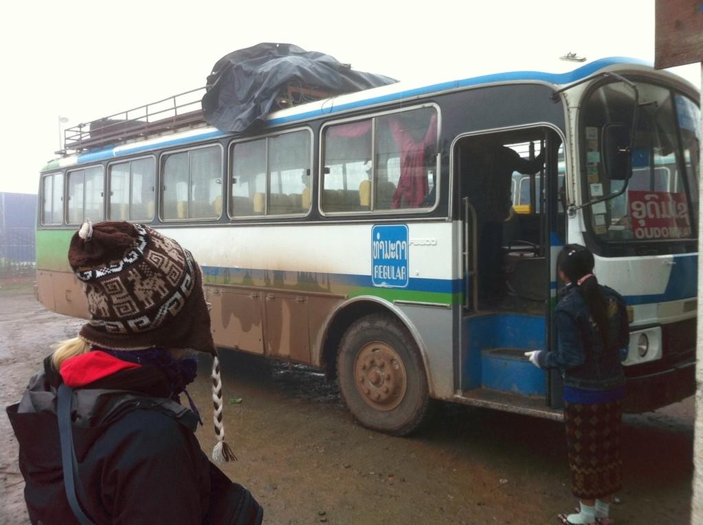 Bus von Phongsali nach Udomxai