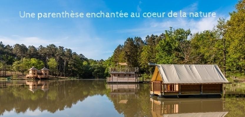 cabane sur l'eau, chalet flottant, en dordogne au domaine de l'Etang de Bazange