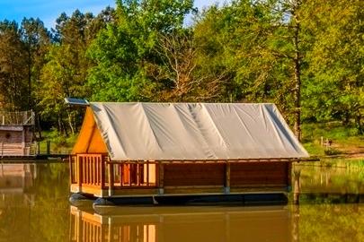 cabanes dans les bois dordogne