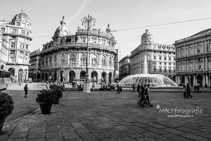 Piazza de Ferrari, Genua,  Italië