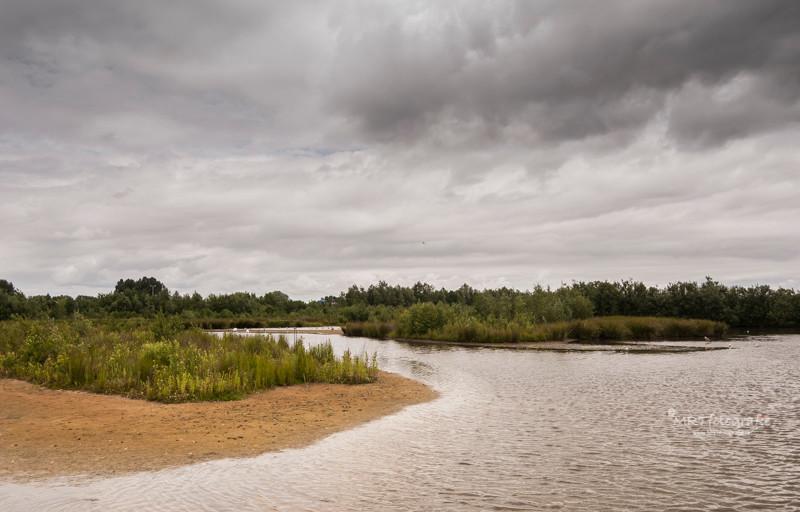 Dreigende wolken boven natuurgebied de Schammer, Leusden