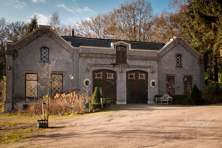 Koetshuis op het landgoed Heuven