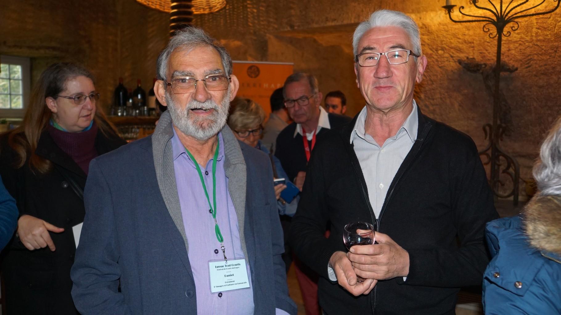 CHÂTEAU LATOUR-SEGUR: Daniel Peyrat, président de l'association, et Didier Gatinel