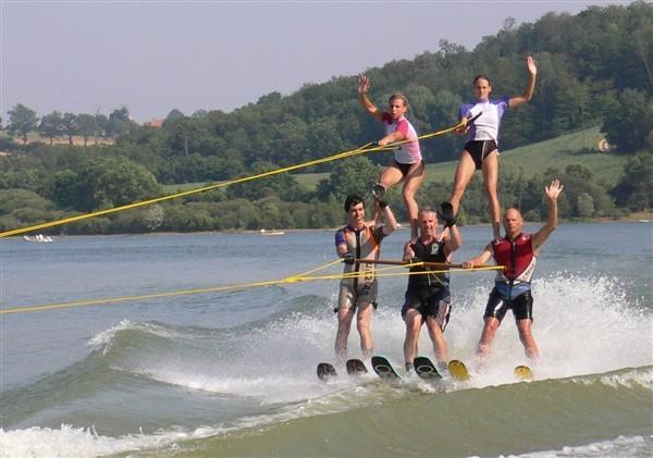 pyramide en ski nautique