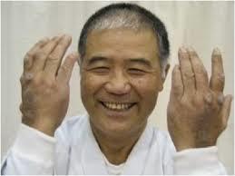 Higaonna Morio Sensei, ist bereits 80 Jahre alt