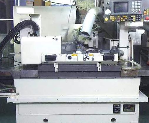 CNC円筒研削盤