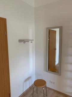 Wandspiegel Kleiderhaken