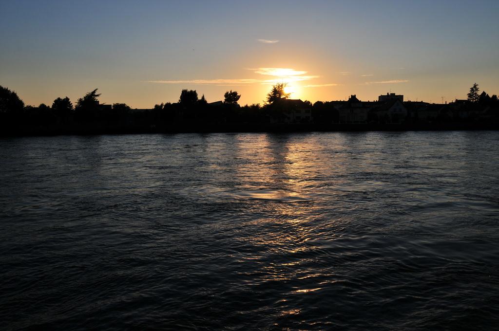 Abendstimmung am Rhein, Basel (CH