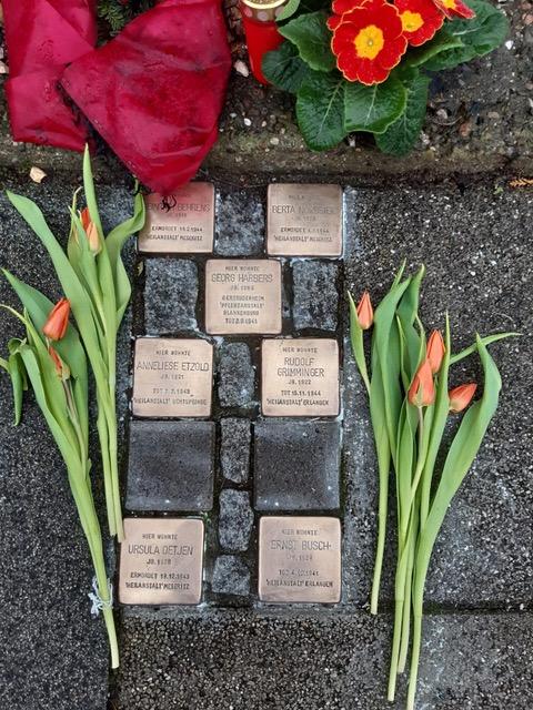 Bremen: 27.01.2021 Stolpersteine putzen am Gedenktag für die Befreiung von Auschwitz-Birkenau