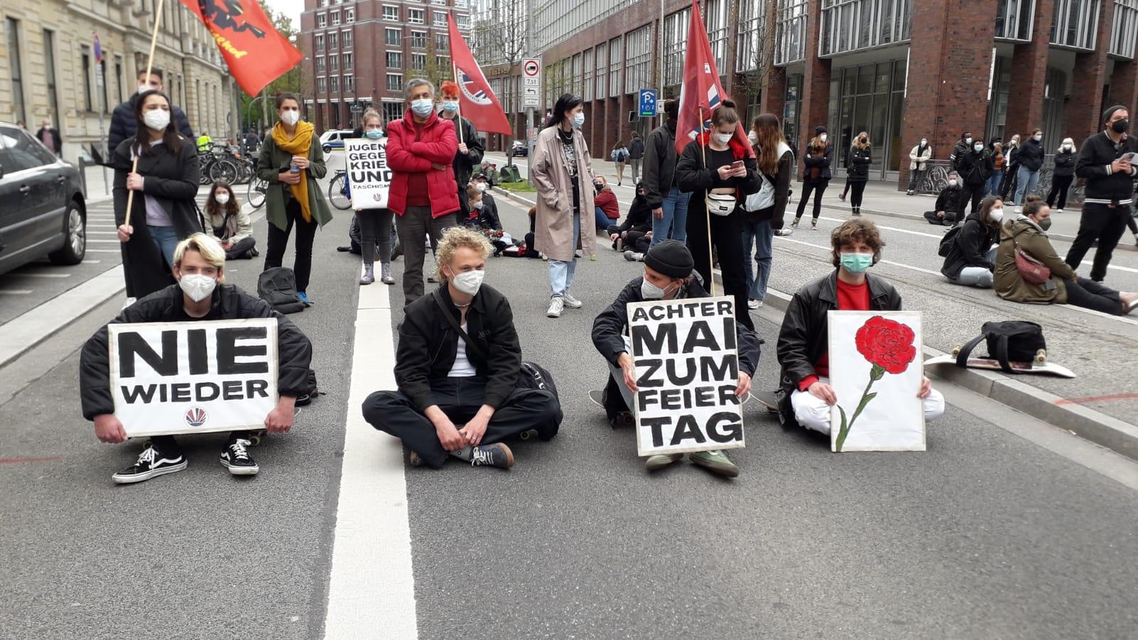"""""""Aktionstag"""" in Hamburg: Der 8. Mai muss Feiertag werden!"""