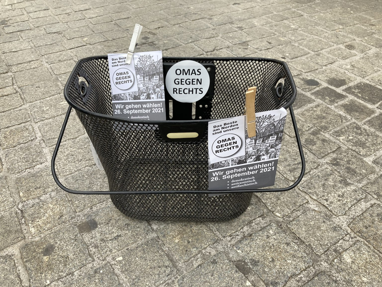 Bremen: 3. Wahlaktion der Bremer Omas 19.7.2021
