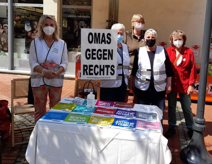 Verden: Infostand in der Fußgängerzone