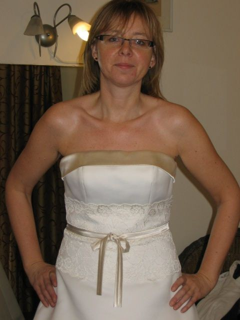 Das Wichtigste Der Hochzeit Das Kleid Der Braut Schnucki
