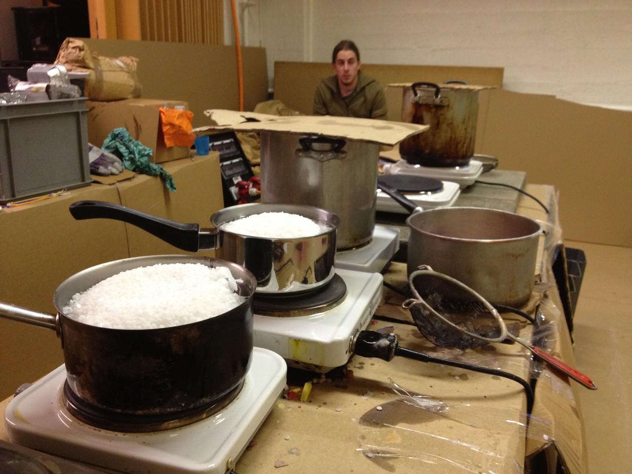 Das Wachs-Labor: Hier entsteht das Rohmaterial für die Kunstwerke unserer Kunden.