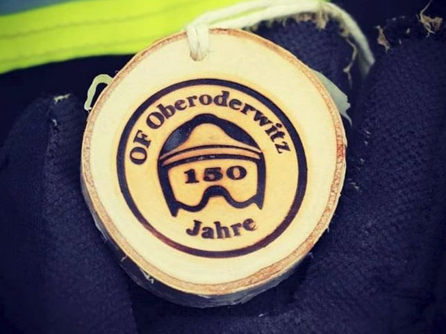 """Medaillien mit Brennstempel Branding von der """"Feuerwehr Oberoderwitz"""""""