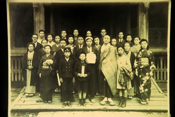 大高ヨシヲ葬儀の写真