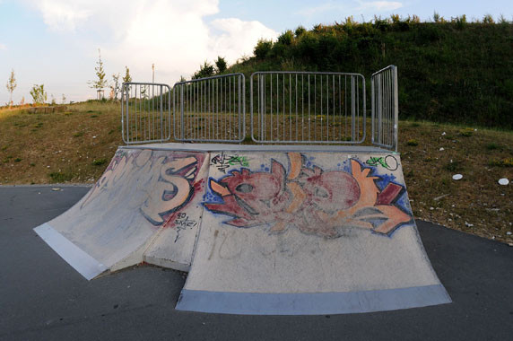 Quater-Pipe, Skate-Park. Am Goldgrund