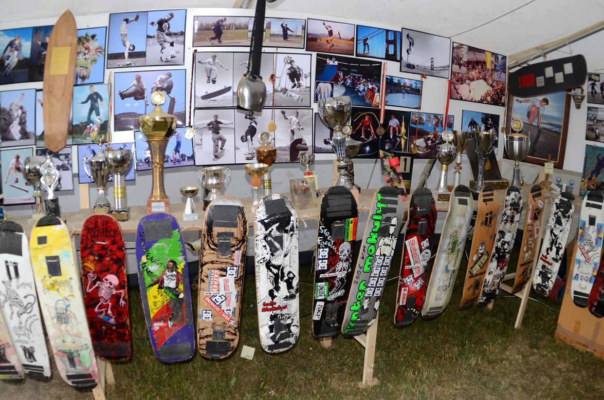 19888 - 1993 Contest. Pokale, Bilder, Skateboards.