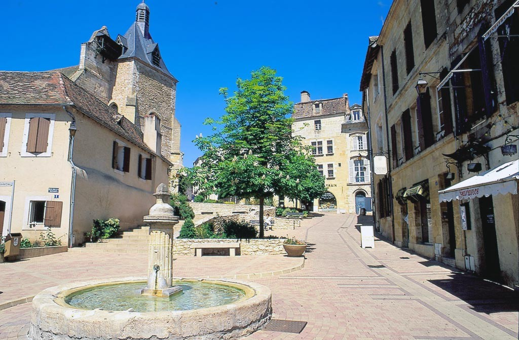 Bergerac maison du tourisme et du vin de monbazillac - Office du tourisme bergerac ...