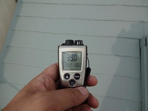 キルコート濃彩色遮熱2層目塗布後生地温度