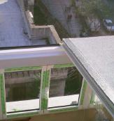 Montaje de techo de panel sandwich