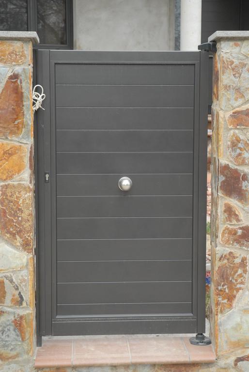 puertas de jard n seccionales aluminios no in gar s ForPuertas Jardin Aluminio