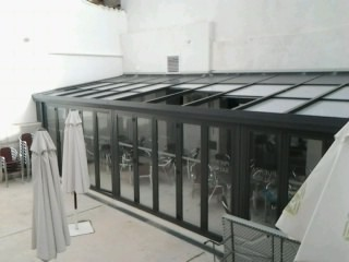 Cerramiento de policarbonato en Zaragoza