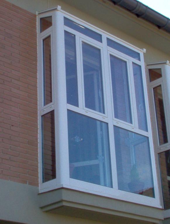 Semi-mirador de terraza en aluminio blanco