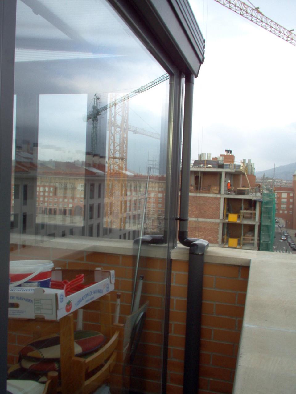 Cerramiento de terraza en Huesca